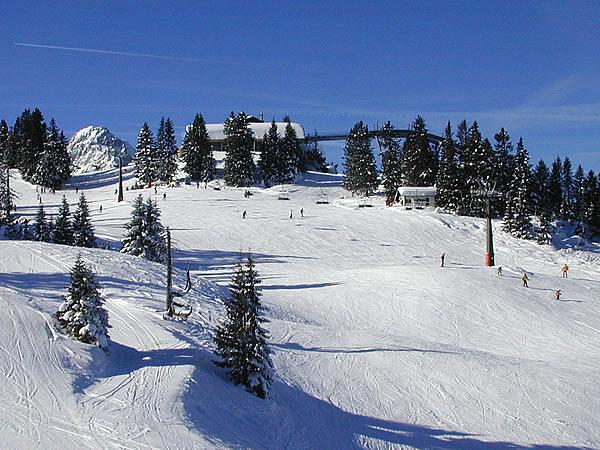 Garmisch Skiing on bansko ski map, madonna di campiglio ski map, tamarack resort ski map, courchevel ski map, germany ski map, garmisch-partenkirchen ski poster, st. moritz ski map, deer valley ski map, cortina d'ampezzo ski map, buck hill ski map, chamonix ski map, klosters ski map, kitzbuhel ski map, grenoble ski map, schladming ski map, zermatt ski map, europe ski map, garmisch-partenkirchen ski jump,